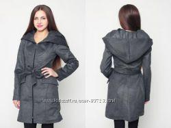 Пальто деми с капюшоном