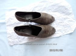 Продам ботильоны Vigotti, туфли с открытым носком 38-39